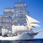Tall_ship_Christian_Radich_under_sail