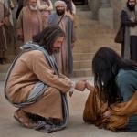jesus-woman-taken-in-adultery-948852-tablet